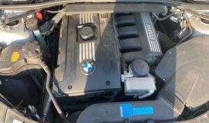 BMW325iのエンジン